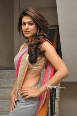 Shraddha Das Hot Saree Photos Gallery
