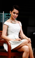 kangna-ranaut-latest-hot-photos-4