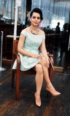 kangna-ranaut-latest-hot-photos-6