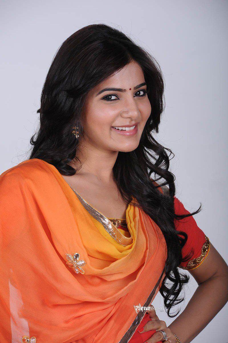 Samantha In Saree: Samantha Cute Photoshoot