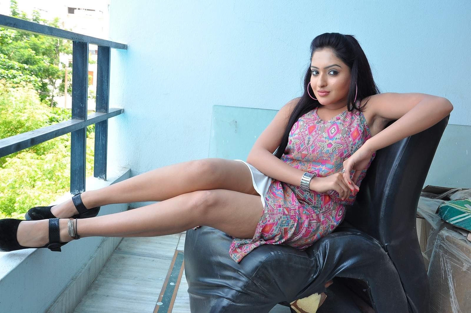 Preet kaur is here to give you immense pleasure - 1 3