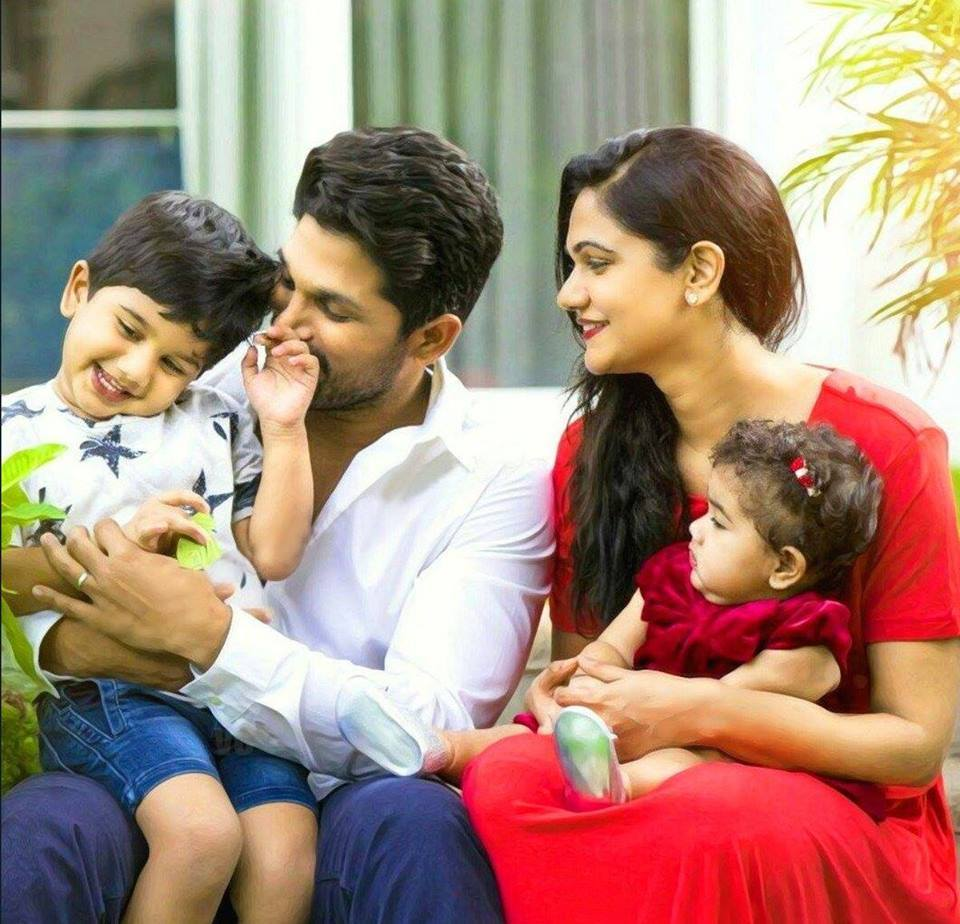 Allu arjun sneha reddy son allu ayaan latest new hd photos images allu arjun sneha reddy son allu ayaan latest new hd photos altavistaventures Gallery