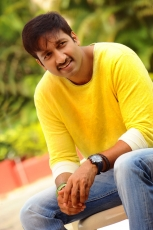 Gopichand Rakul Preet Singh Loukyam Movie Latest Photos Stills