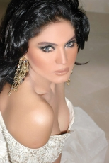 3-Veena-Malik-Hot-Photo-Shoot-Photos
