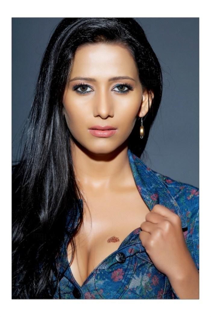 Actress Sanjana Movies List