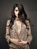 Sonali Raut Hot PhotoShoot Poses for Mandate Magazine