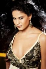 Veena Malik Hot Photo Shoot HD Photos