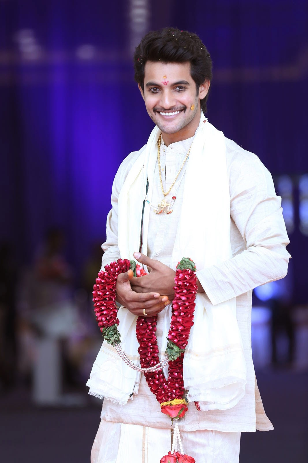 Aadi hero wedding