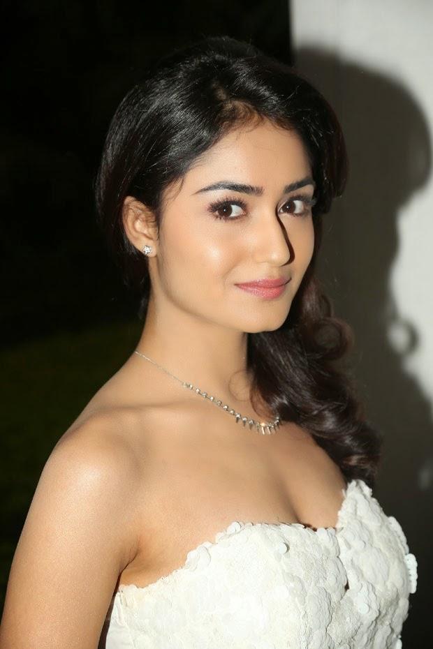 Telugu actress rathi hot pictures Hot Telugu actress - Home Facebook