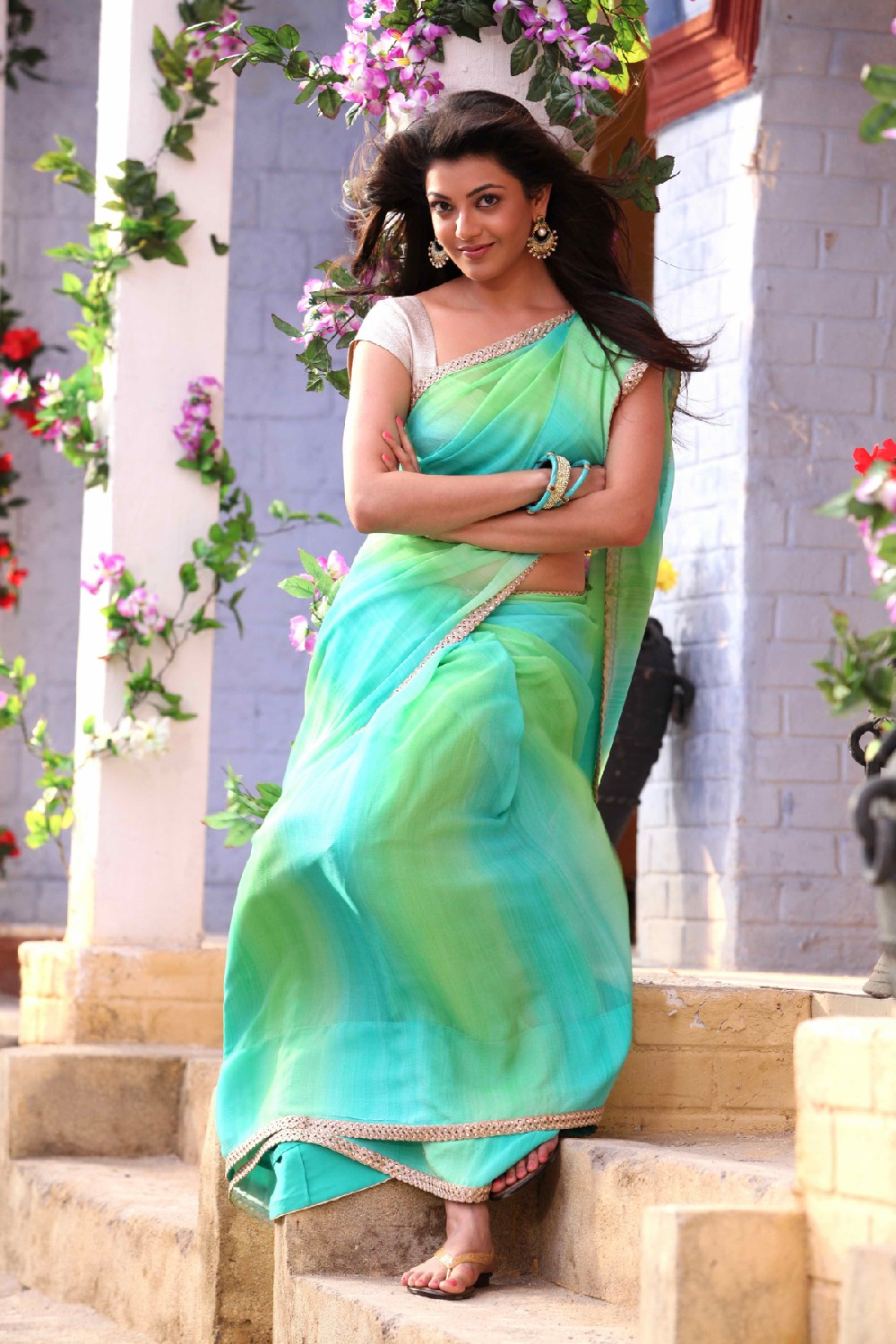 Kajal Agarwal Sizzling photos from Jilla - tollywoodblog.in