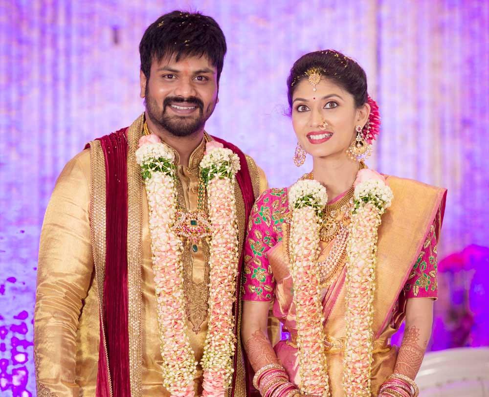 Manchu manoj pranathi reddy marriage hd photos wedding pics gallery - Manchu Manoj Pranathi Reddy Wedding Invitation Card Hd