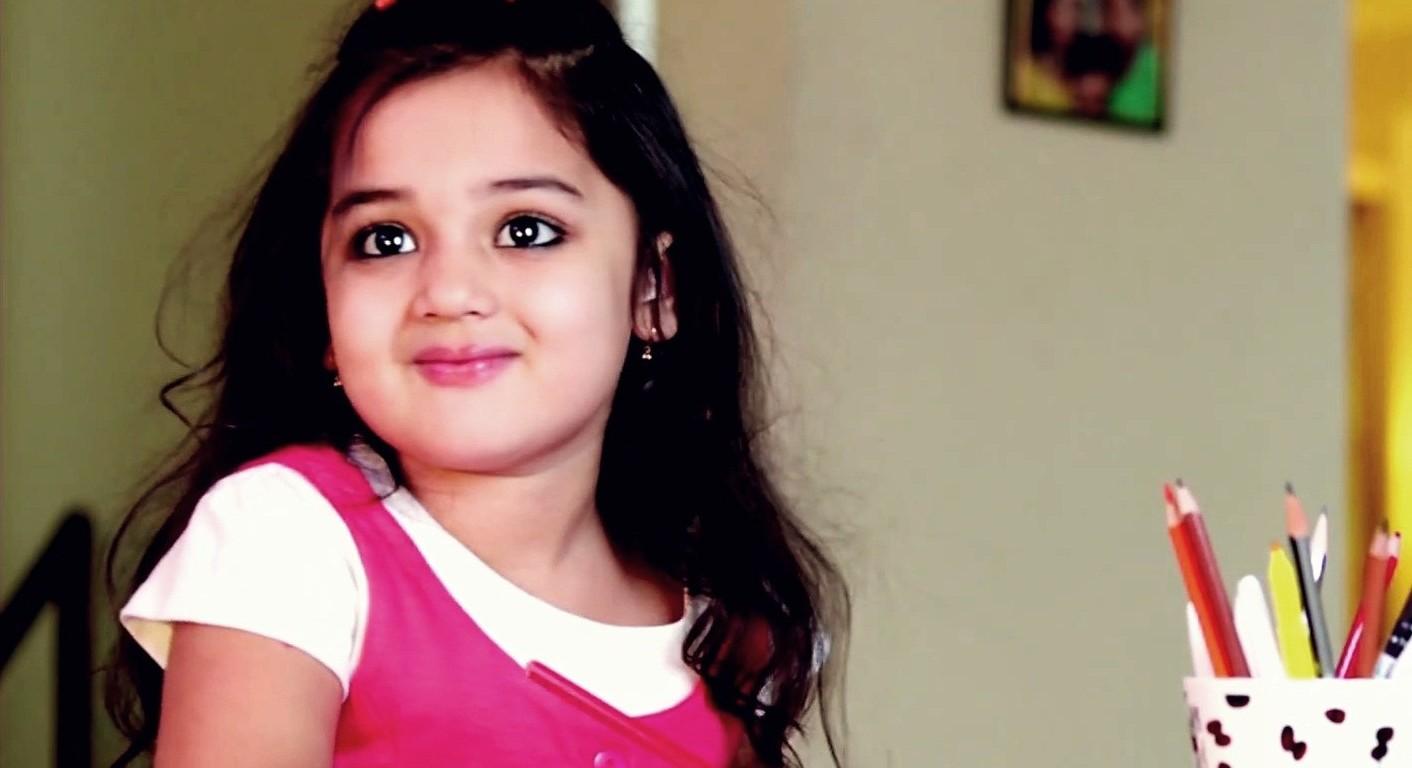Son Of Satyamurthy Little Cute Girl Baby Vernika Unseen