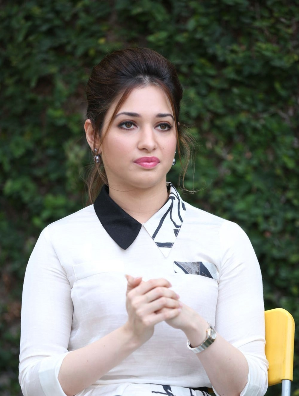 actress gorgeous tamanna bhatia cute photos at baahubali promotions
