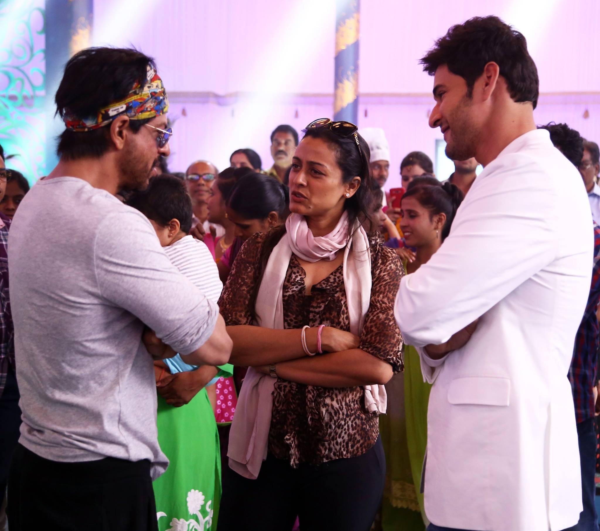 shah rukh khan srk at mahesh babu brahmotsavam movie