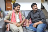 Power Star Pawan Kalyan Meets Mega star Chiranjeevi and Ram Charan at his House Ultra HD Photos
