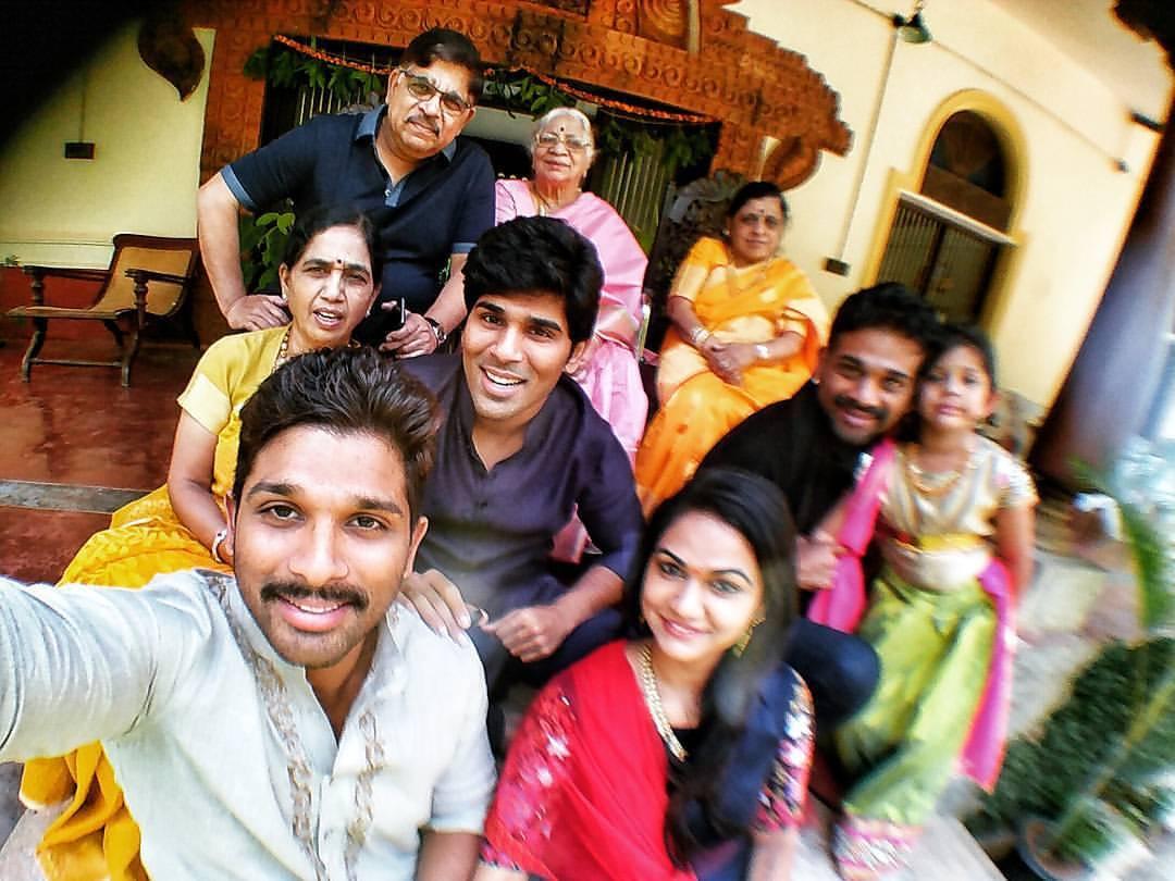 Allu Arjun Family Photos | Stylish Star, Wife Sneha Reddy and Son Allu ...