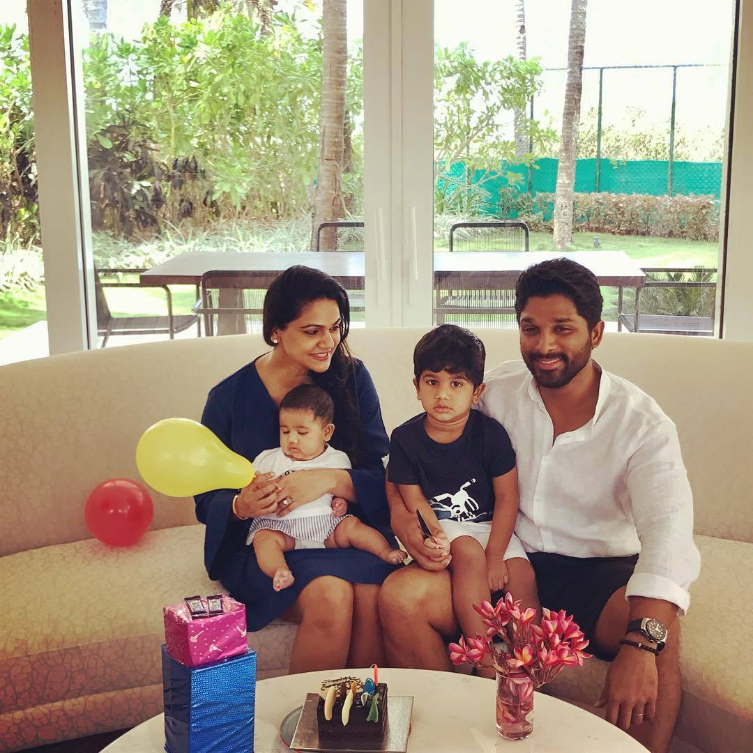 Allu Arjun Family Photos | Stylish Star, Bunny Wife Sneha Reddy and ...