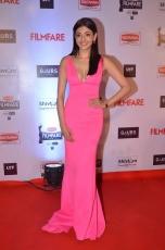 Kajal Aggarwal Pink Gown Ultra HD Photos at Filmfare Awards 2016 Red Carpet Kajal Agarwal Images Stills