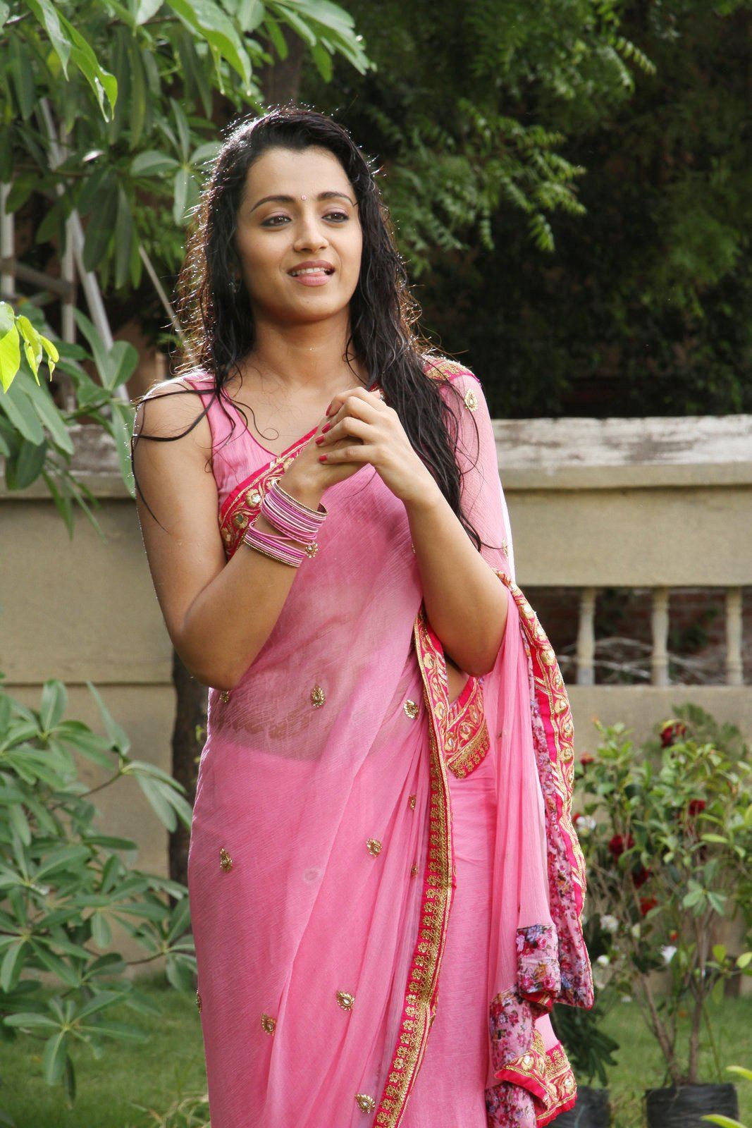 Nayanthara hot etotic movie scenes collection - 3 6