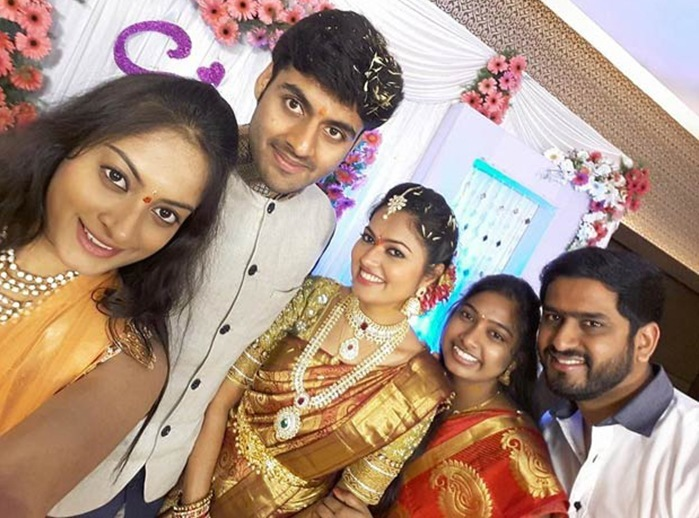 TV Serial Actress Suhasini And Actor Raja Engagement HD Photos Pics Images Gallery
