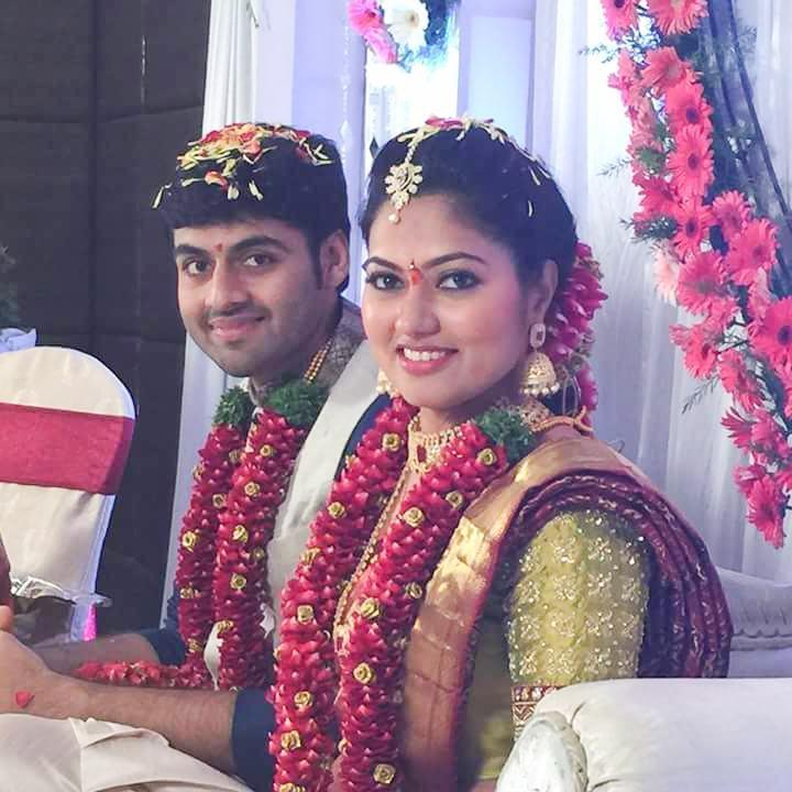 TV Serial Actress Suhasini And Actor Raja Engagement HD