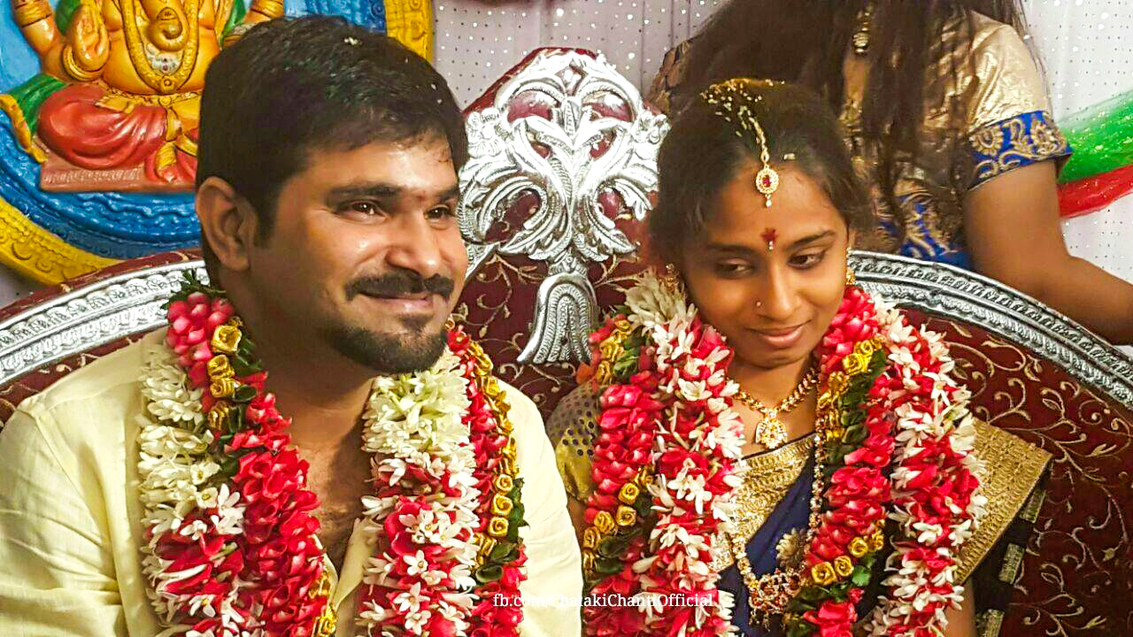 Jabardasth chalaki chanti engagement hd photos actor for How to take wedding photos