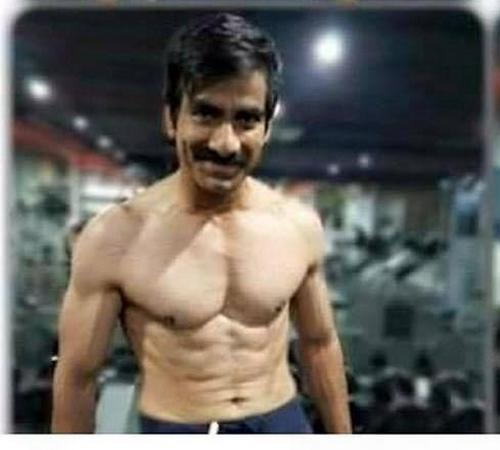 Actor Ravi Teja Six Pack ABS Photos in Gym | RaviTeja SixPack Images ...