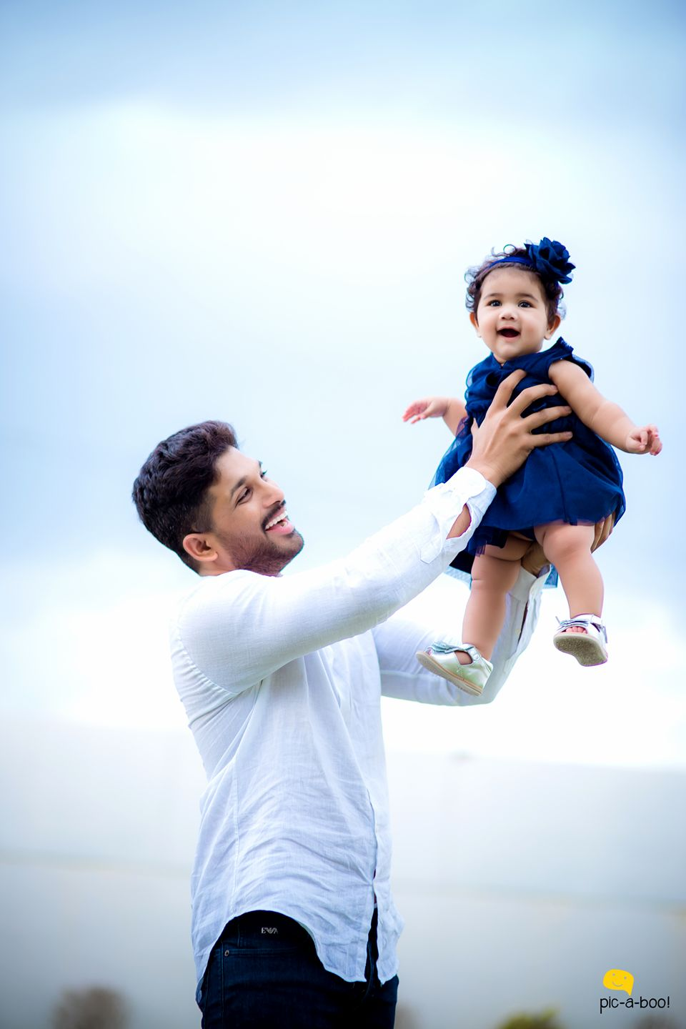 Allu Arjun Latest New Hd Stylish Photos Images Hd Latest Photos Stills Allu Arjun Duvvada