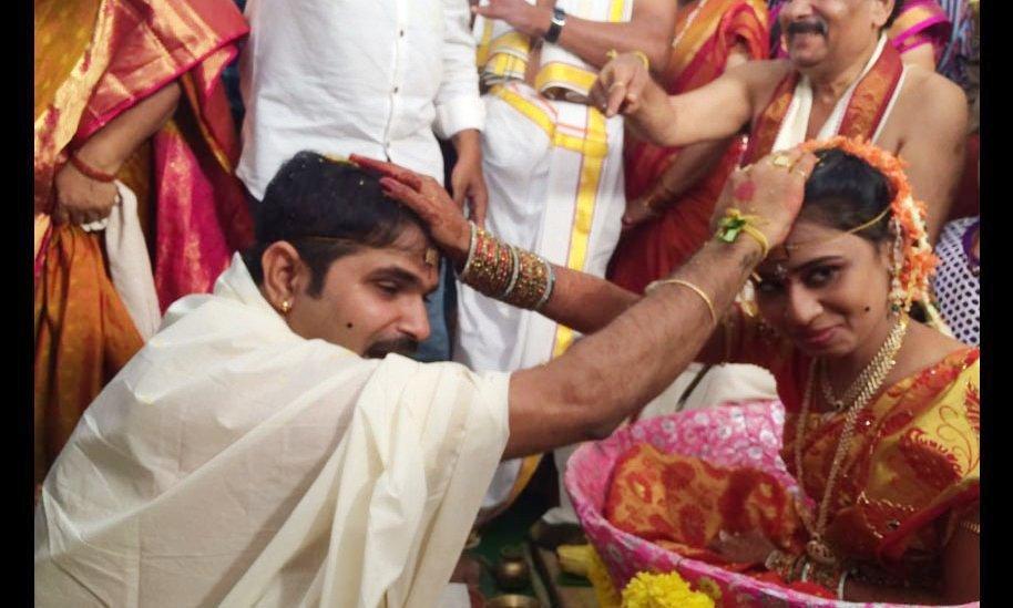 Manchu manoj pranathi reddy marriage hd photos wedding pics gallery - Jabardasth Comedian Chalaki Chanti Marriage Pics Hd Photos