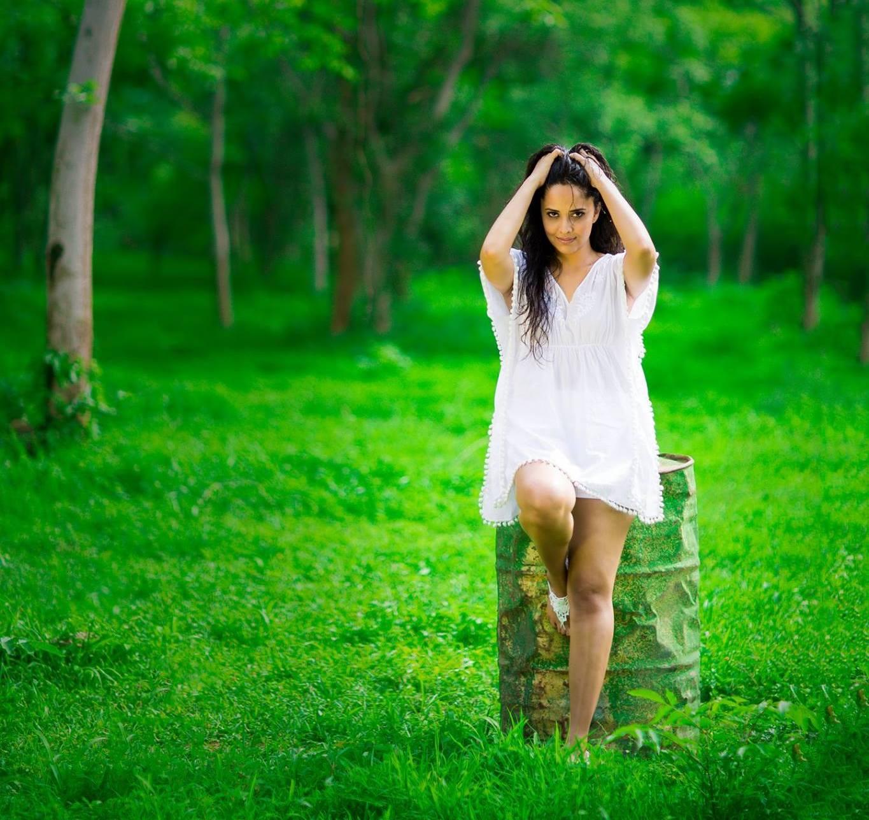 anchor actress anasuya bharadwaj latest white frock dress hot photo shoot ultra hd new photos. Black Bedroom Furniture Sets. Home Design Ideas