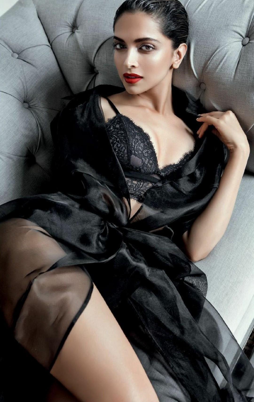 Deepikapadukone sexy