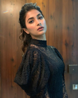Pooja Hegde Latest Hot Photos HD Stills   Mahesh Babu Maharshi Movie Images