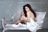 Actress Nikesha Patel New Latest Hot Photo Shoot ULTRA HD Photos