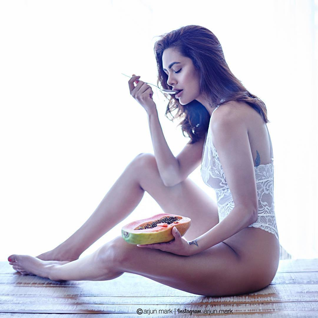 Kalki koechlin nude sex scene margarita with a straw 2