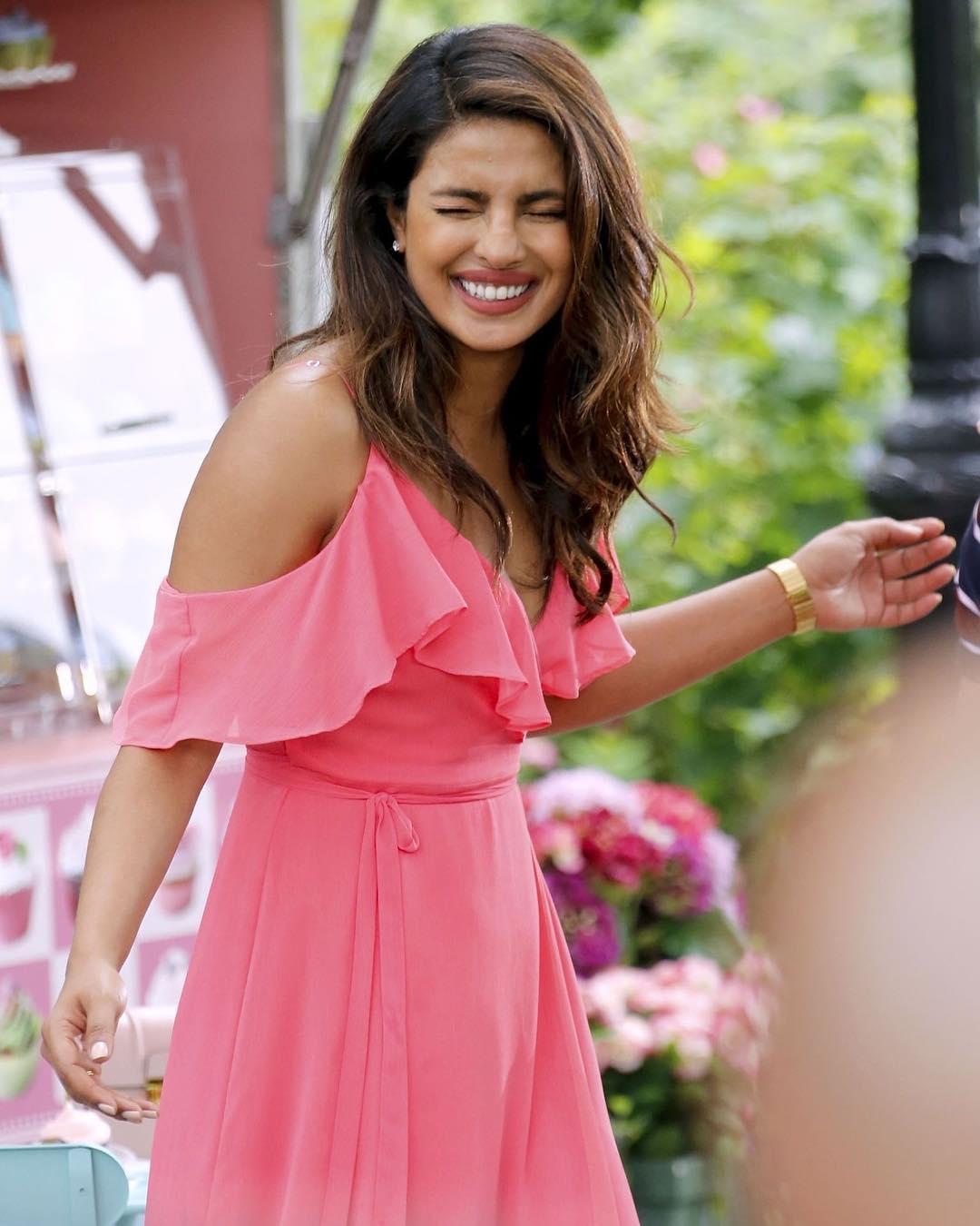 Priyanka Chopra Pink Dress Ultra Hd Latest Photos Leaked 2017  Pc At 3Rd Third -4802