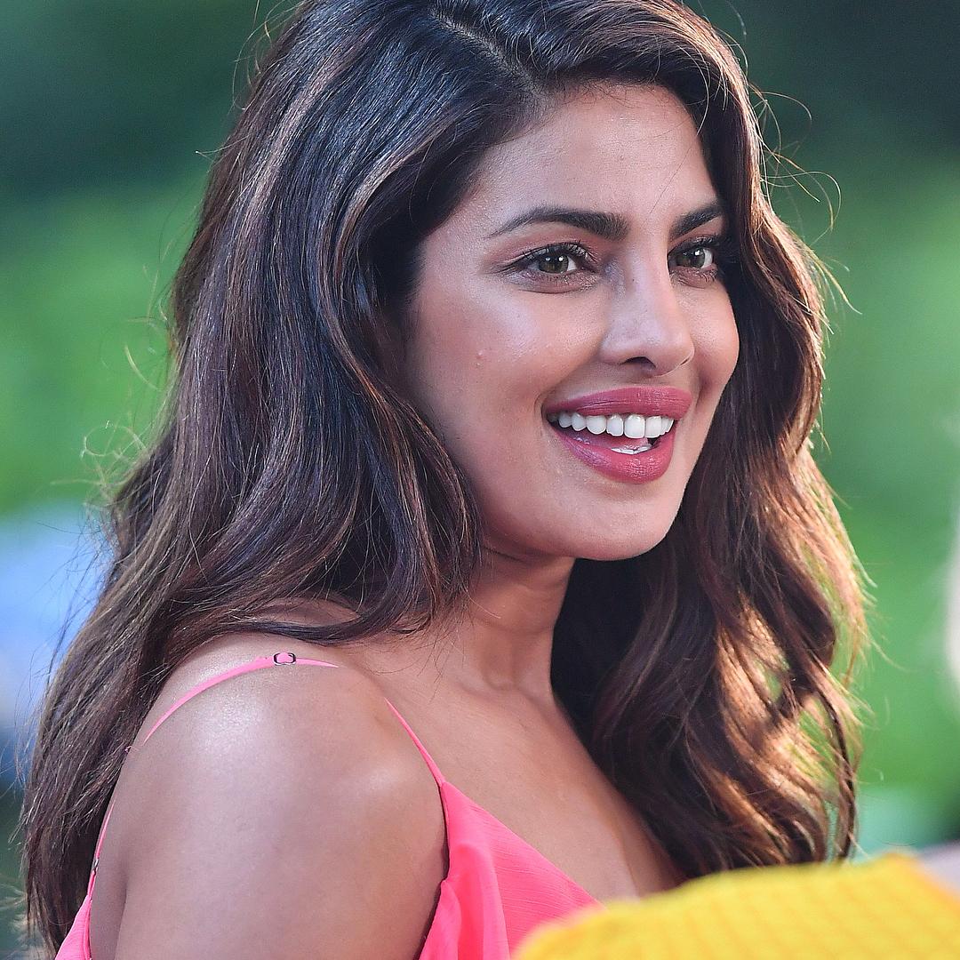 priyanka chopra pink dress ultra hd latest photos leaked 2017 | pc
