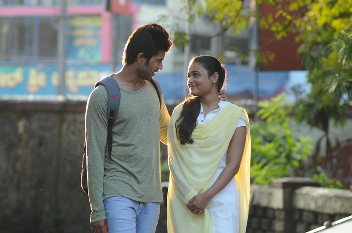 Arjun Reddy Movie Hd Photos Stills Vijay Deverakonda Shalini