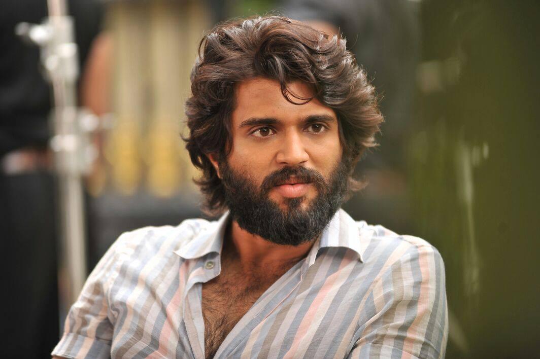 Vijay Deverakonda New Arjun Reddy Movie Latest Stylish