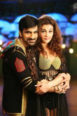 68-Touch-Chesi-Chudu-Movie-HD-Photos-Stills-Ravi-Teja-Raashi-Khanna-Seerat-Kapoor-Images-Gallery