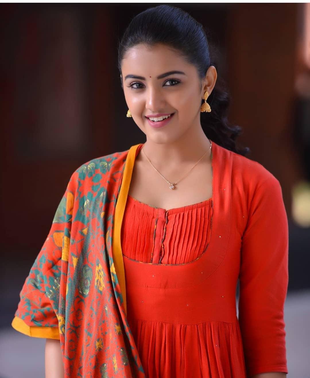 Malvika Sharma New Latest Hd Photos Nela Ticket Movie Heroine