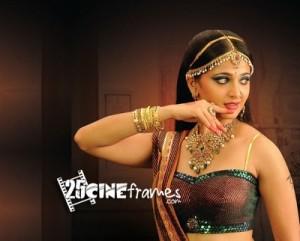 Anushka-Shetty-queen