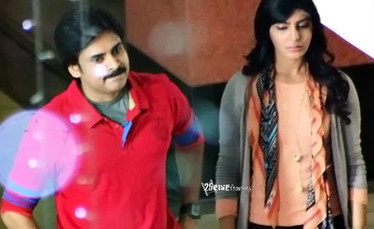 Pawan Kalyan - Samantha In RFC