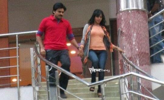 Again Samantha To Work With Pawan Kalyan?