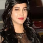 Shruti Haasan at Yevadu Mobile App Launch