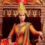 Anushka's Rudhrama Devi Crown made up of Real Gold1