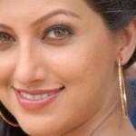 Hamsanandini shaking her legs  with Balakrishna1
