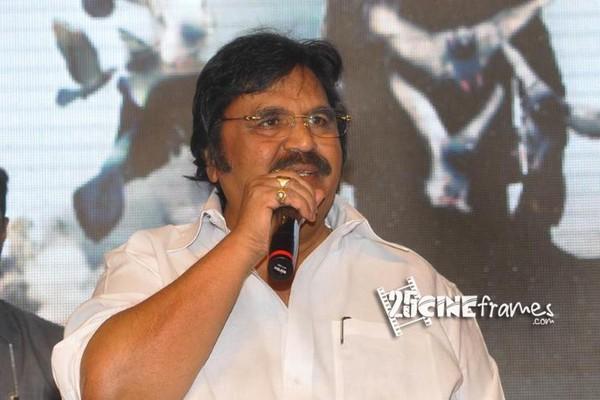 Dasari Narayana Rao fires on 'Race Gurram' Team