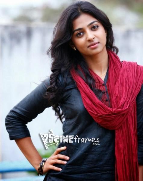 Radhika Apte to Star in  Pawan Kalyan's Movie