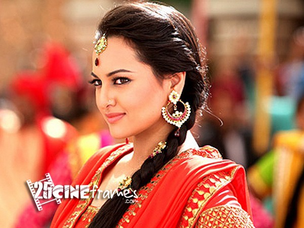 50 cops and 30 bouncers for Sonakshi Sinha's security