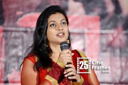 Actress Roja denies her divorce rumors